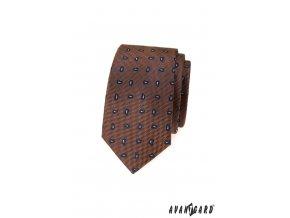Hnědá slim luxusní kravata s modrým vzorem
