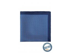 Modrý hedvábný kapesníček se vzorkem a tmavě modrým okrajem