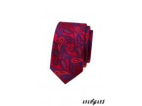 Červená luxusní slim kravata s modrým vzorem