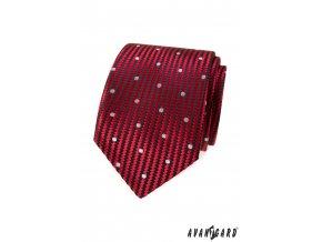 Červená kravata s klikatými pruhy