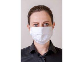 Bílá skládaná ochranná rouška na obličej s oušky z gumičky