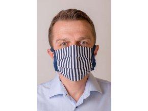 Modrá ochranná rouška na obličej s proužky a se šňůrami