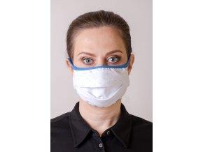 Bílá dámská ochranná rouška na obličej se světle modrým vzorkem (s oušky)