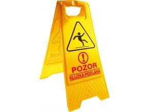 Výstražná cedule pozor mokrá podlaha