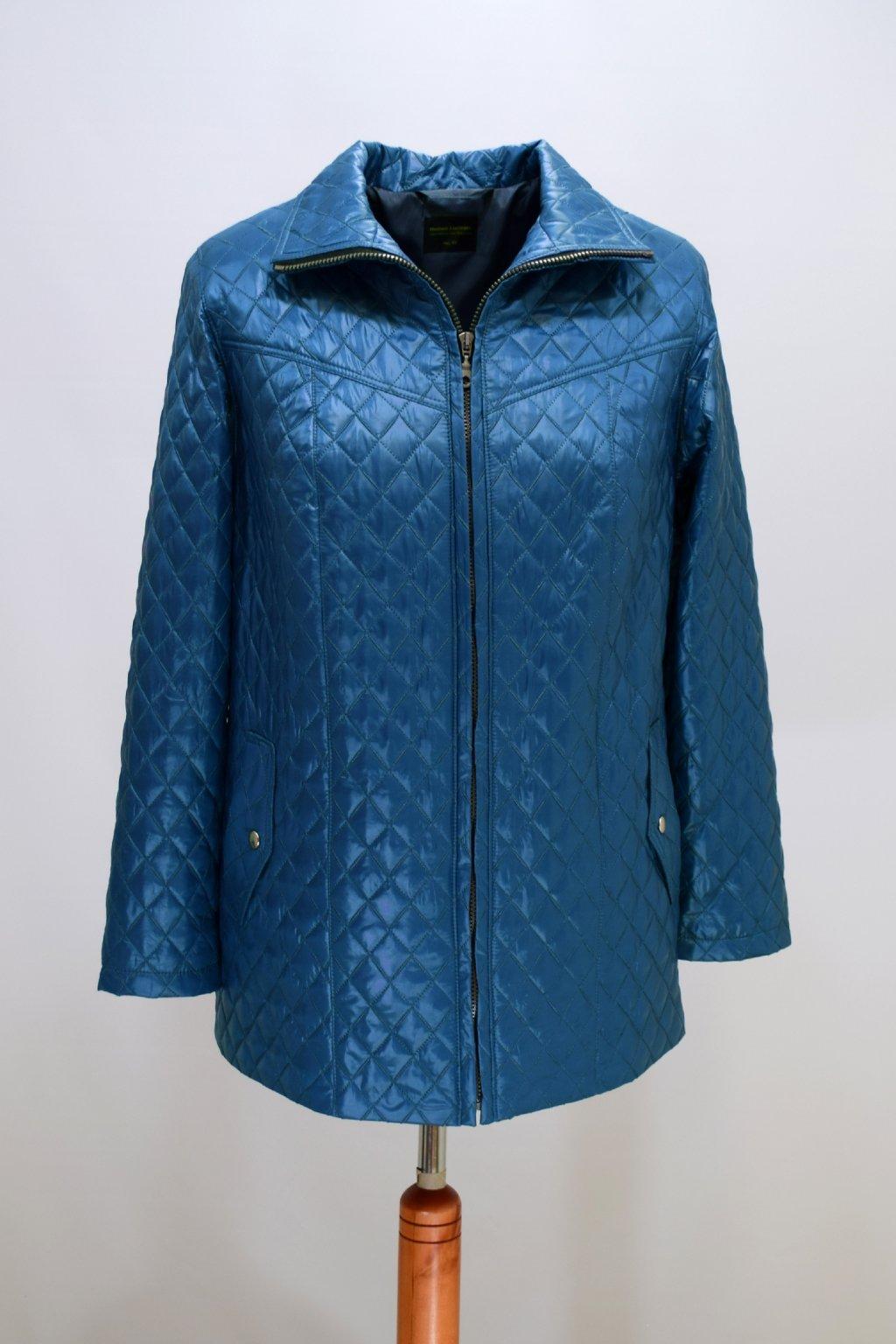 Dámská světle modrá přechodová bunda Ilona nadměrné velikosti.