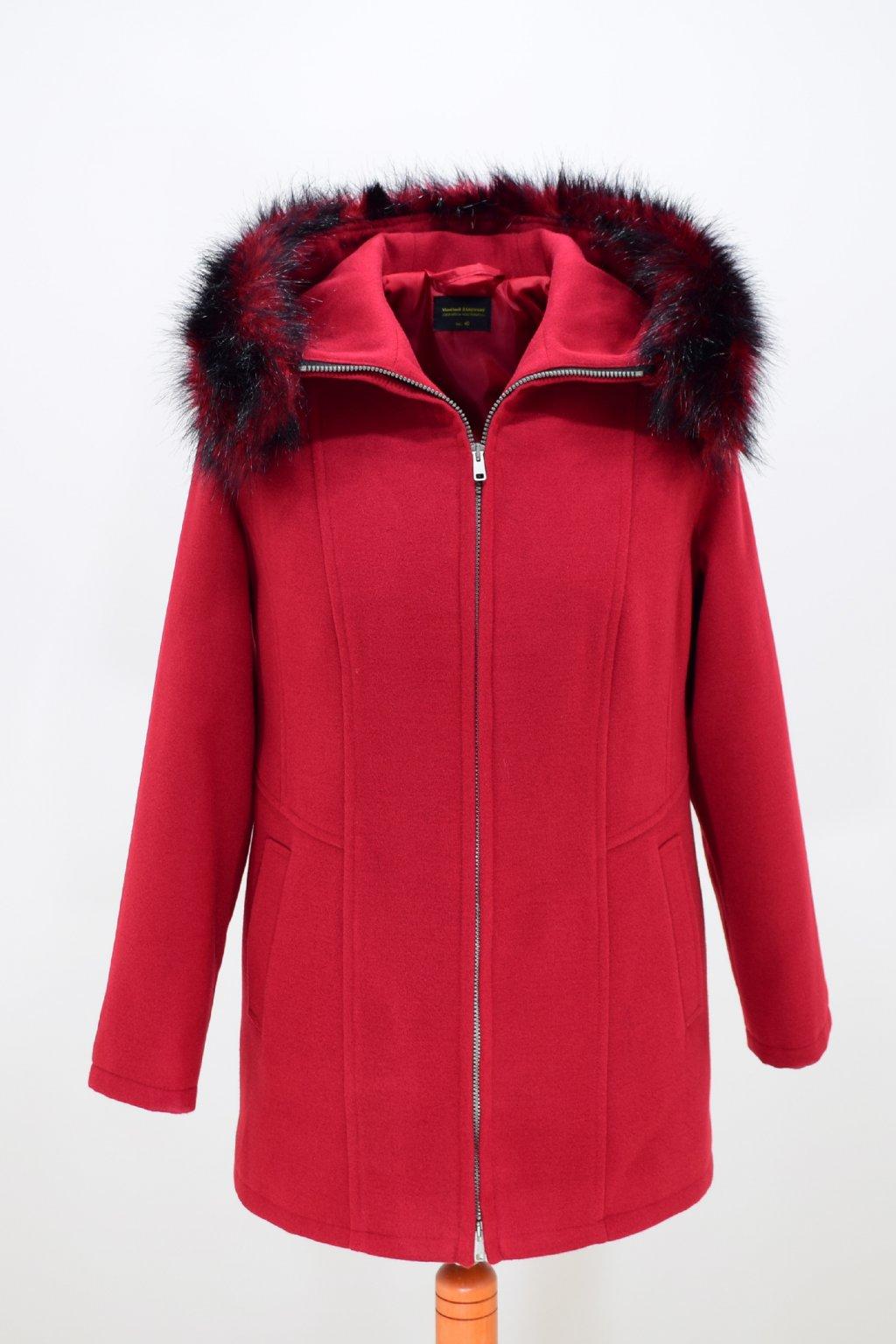 Dámský červený zimní kabátek Žaneta nadměrné velikosti.