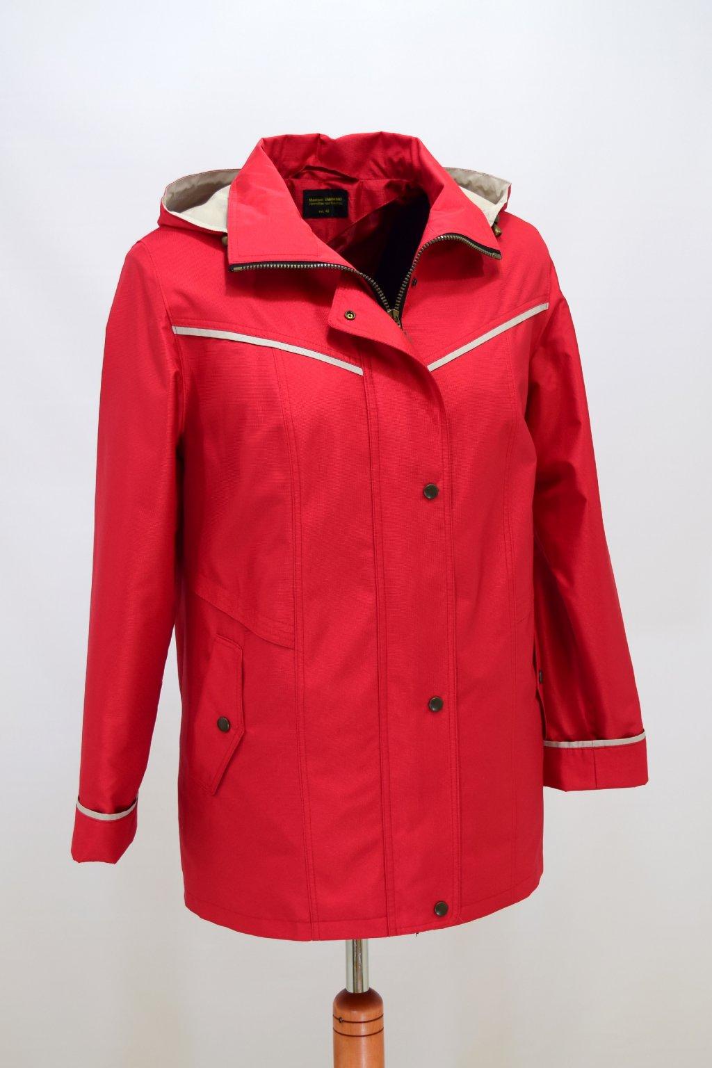 Dámská jarní červená bunda Nikola nadměrné velikosti.