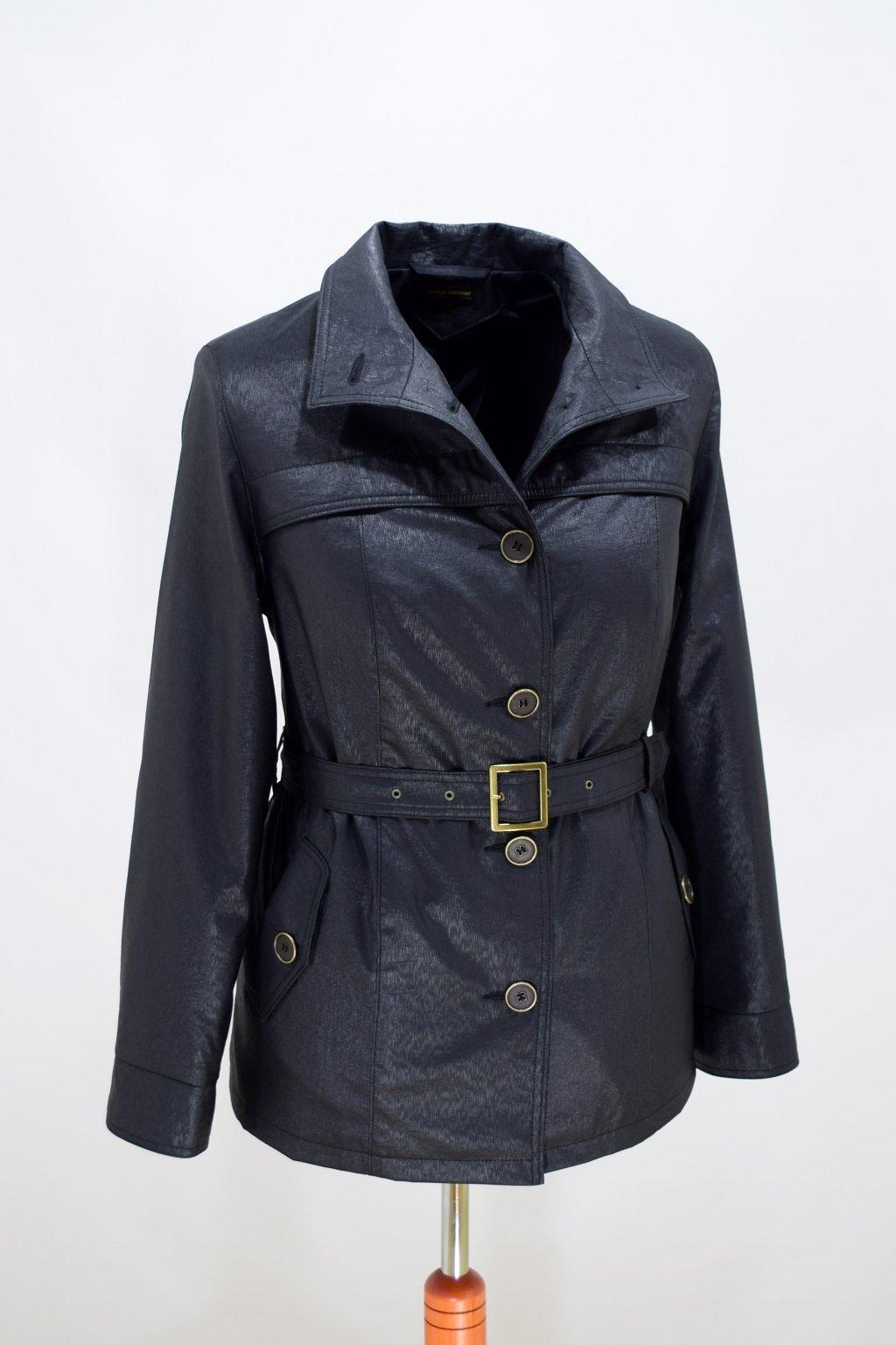 Dámský černý jarní kabátek Laura nadměrné velikosti.