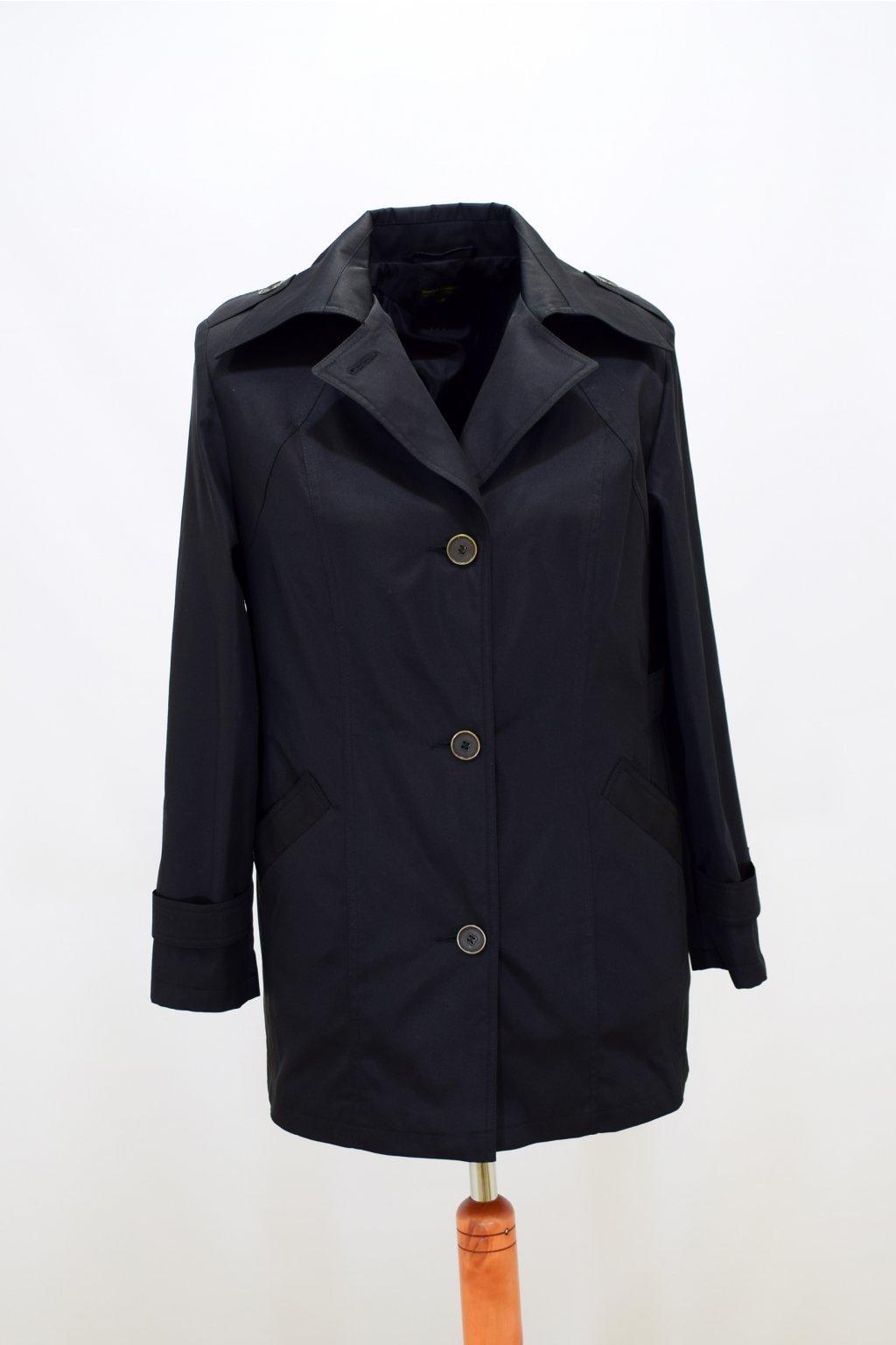 Dámský černá jarní kabátek Klára nadměrné velikosti.