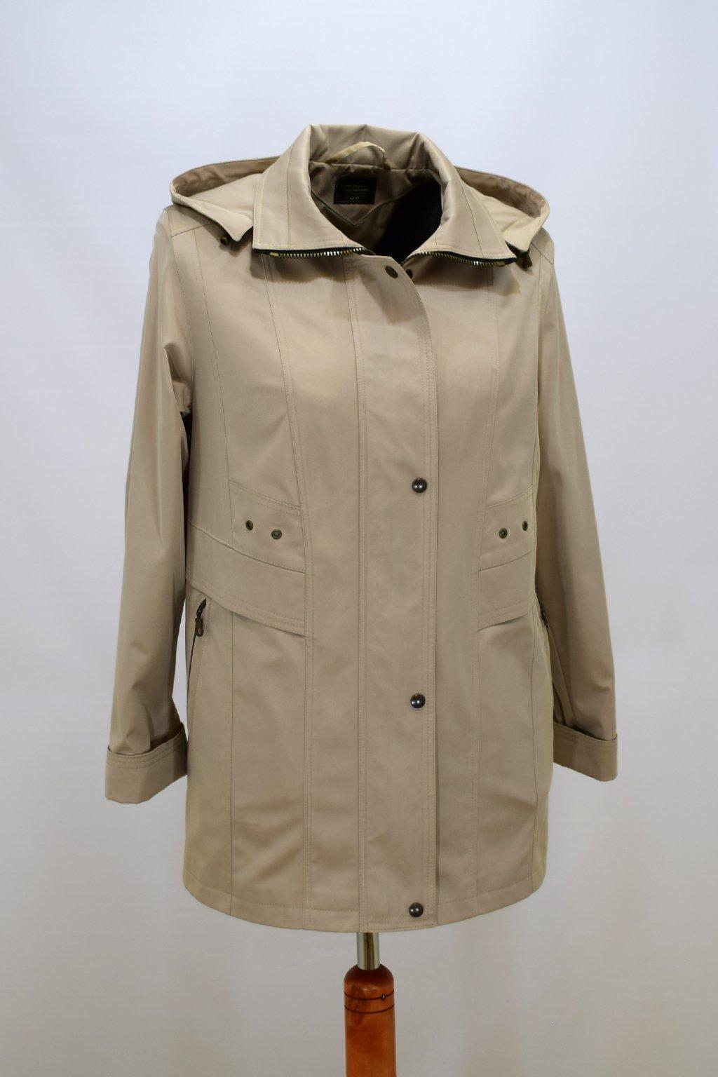 Dámská béžová jarní bunda Helena nadměrné velikosti.