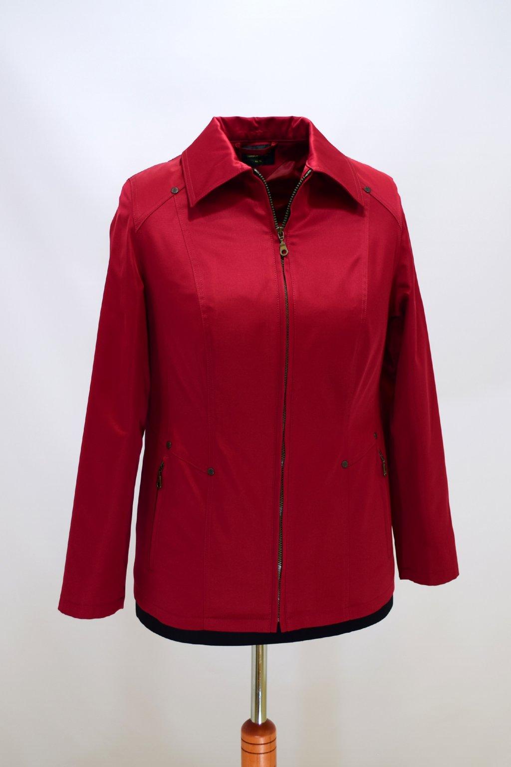 Dámská vínová jarní bunda Hana nadměrné velikosti.