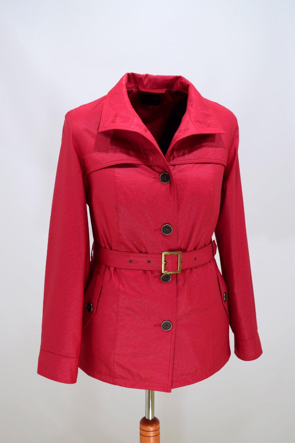 Dámský jarní kabátek Laura nadměrné velikosti.