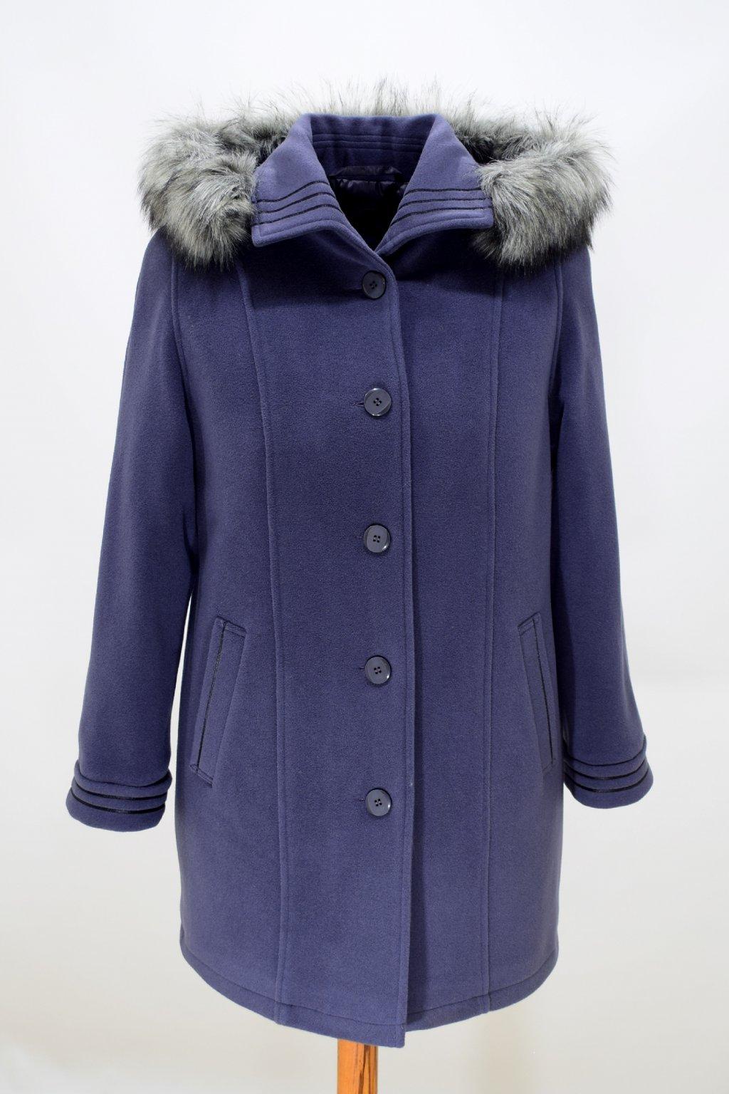 Dámský šedý zimní kabát Renata nadměrné velikosti.