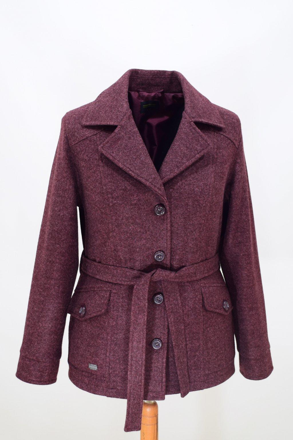 Dámský vínový přechodový kabátek Erika nadměrné velikosti.