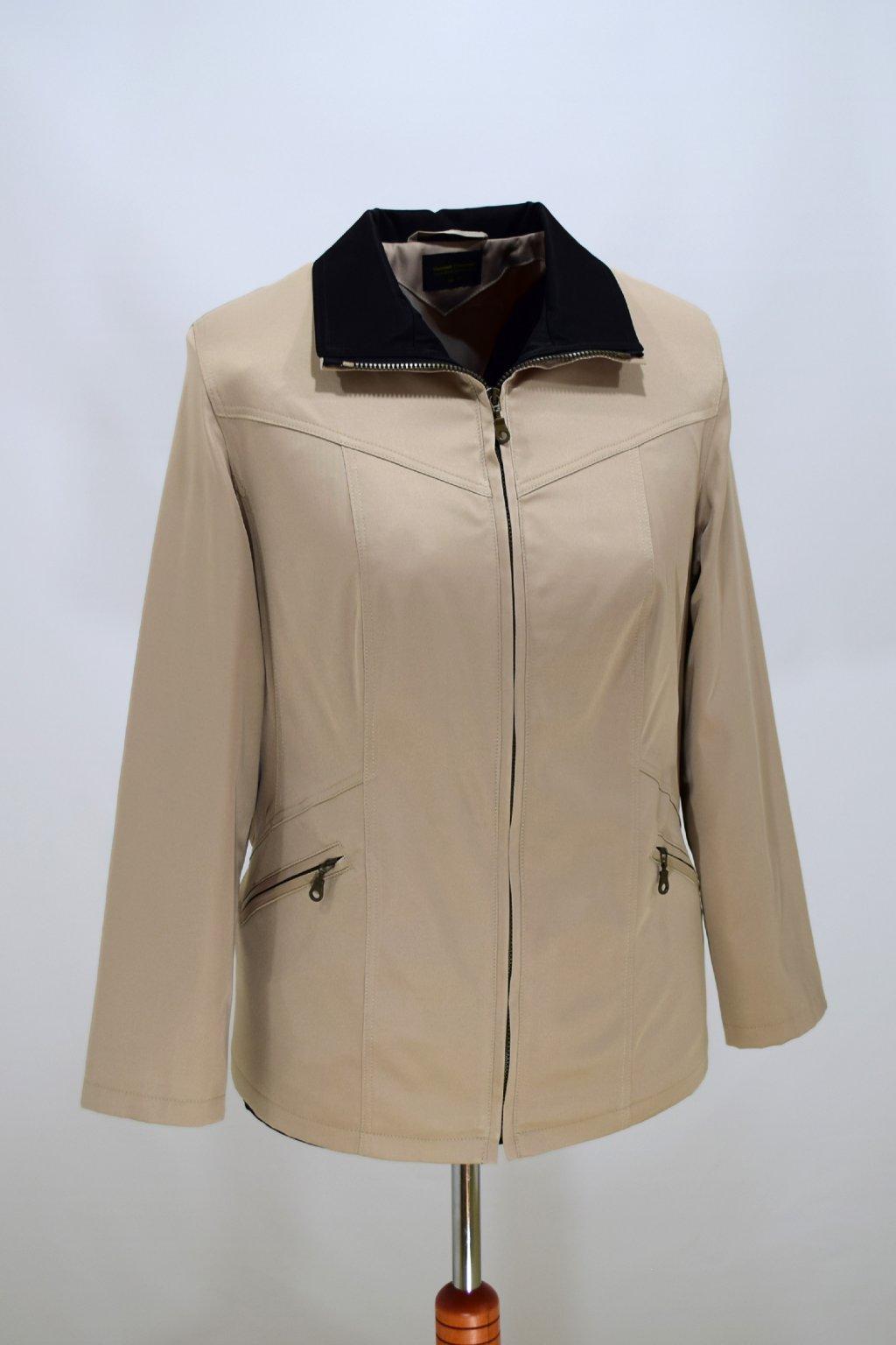 Dámská béžová jarní bunda Ema nadměrné velikosti.