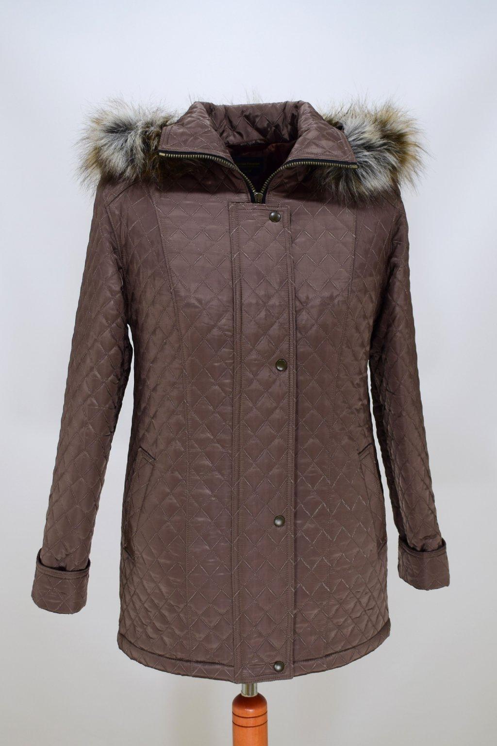 Dámská oříšková zimní bunda Krista nadměrné velikosti.