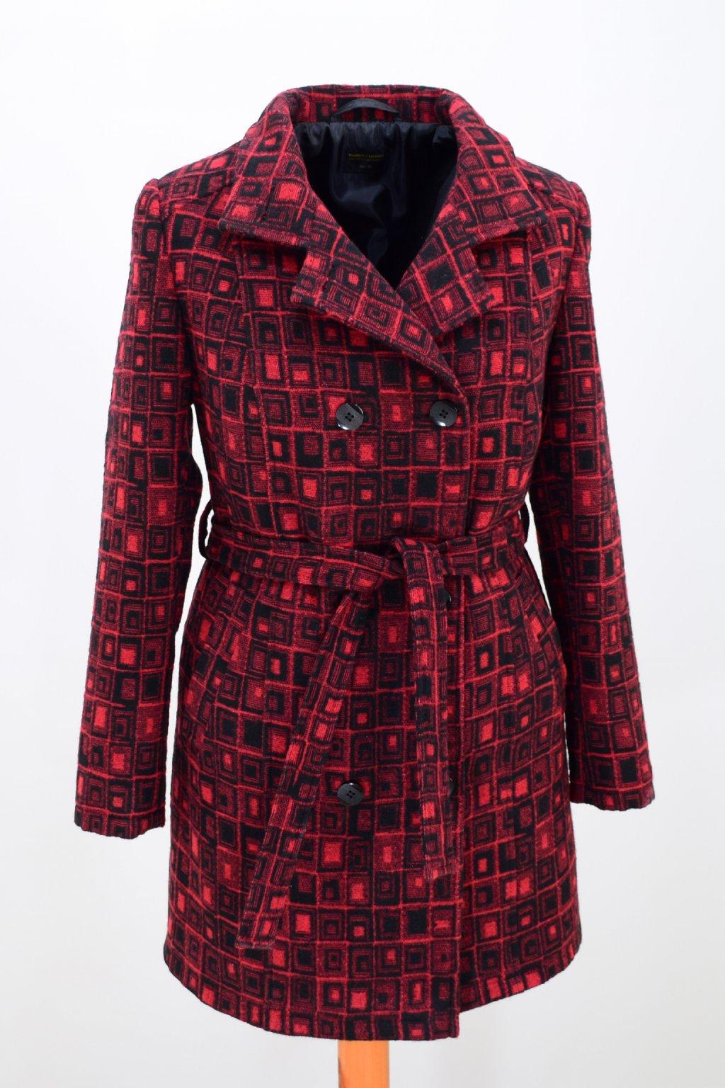 Dámský zimní červený kostkovaný kabát Sofie.