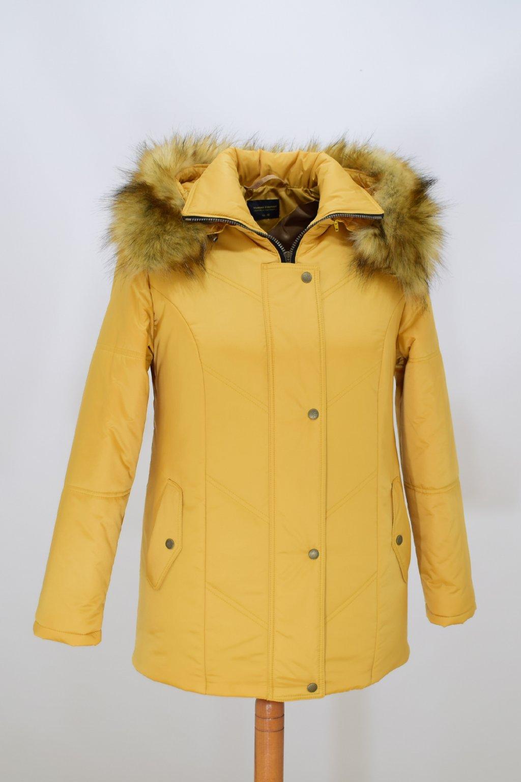 Dámská žlutá zimní bunda Saša nadměrné velikosti.
