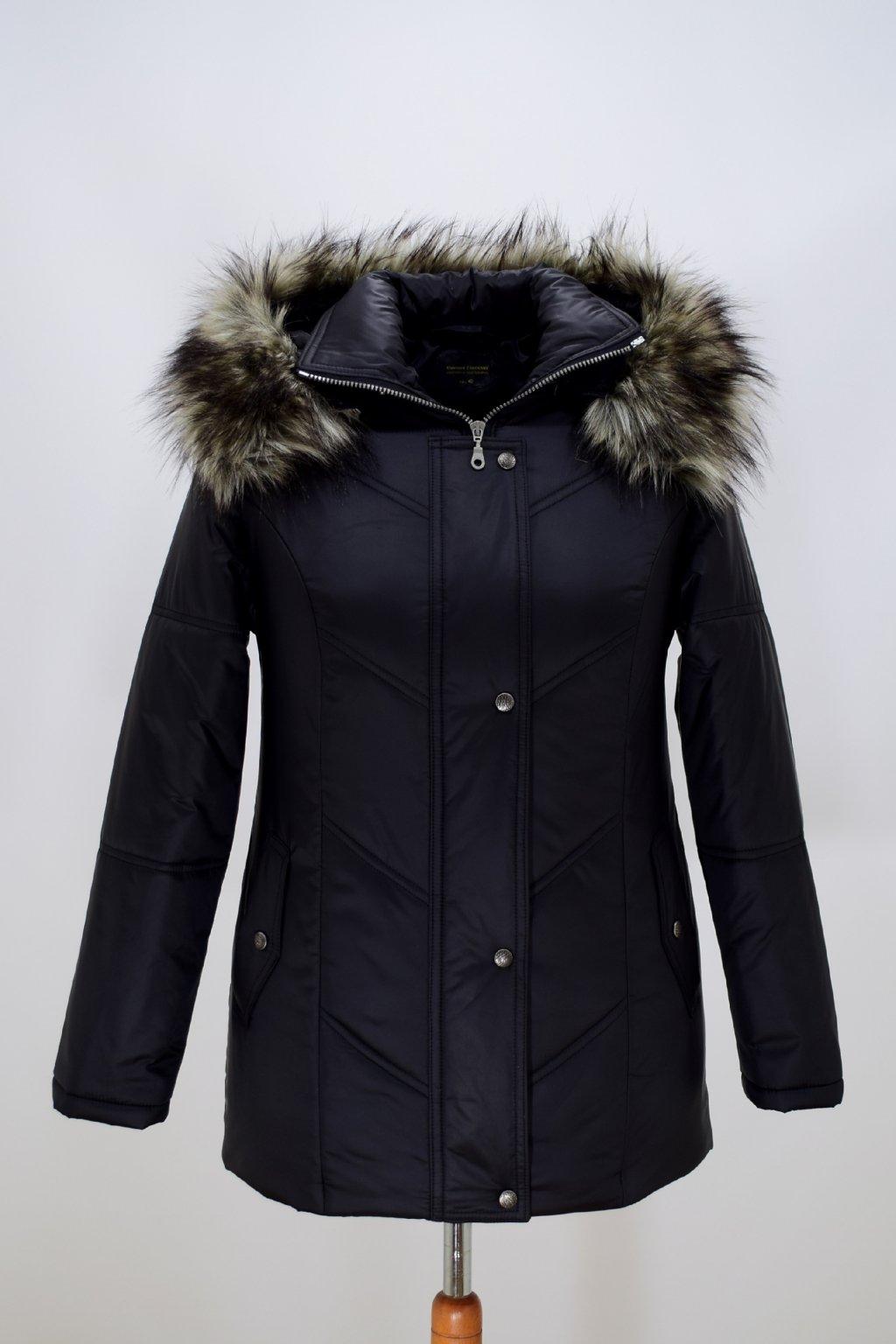 Dámská černá zimní bunda Saša nadměrné velikosti.