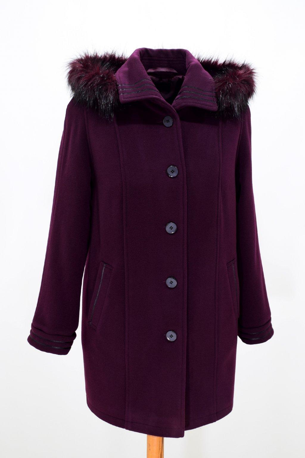 Dámský bordo zimní kabát Renata nadměrné velikosti.