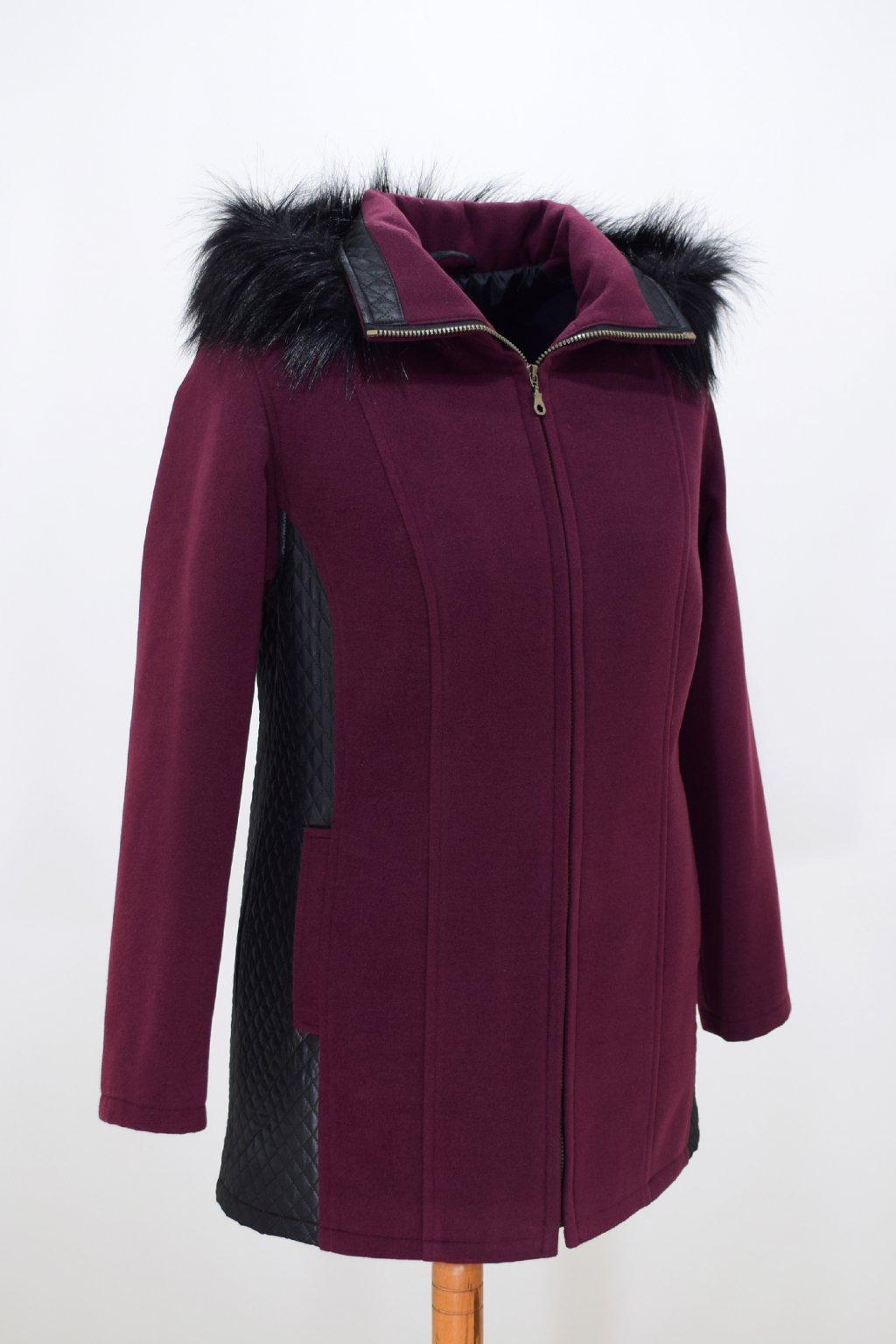 Dámský vínový zimní kabátek Frída nadměrné velikosti.