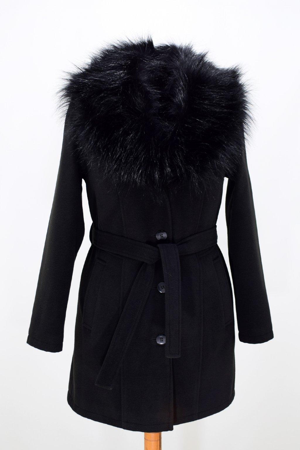 Dámský černý zimní kabát s kožešinou Julie.