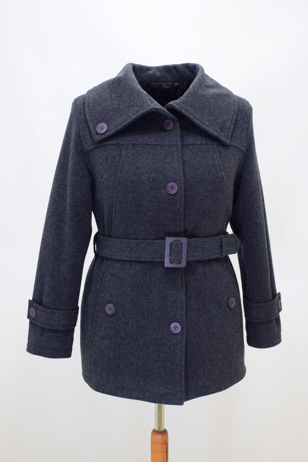 Dámský zimní šedý kabátek Mery nadměrné velikosti.