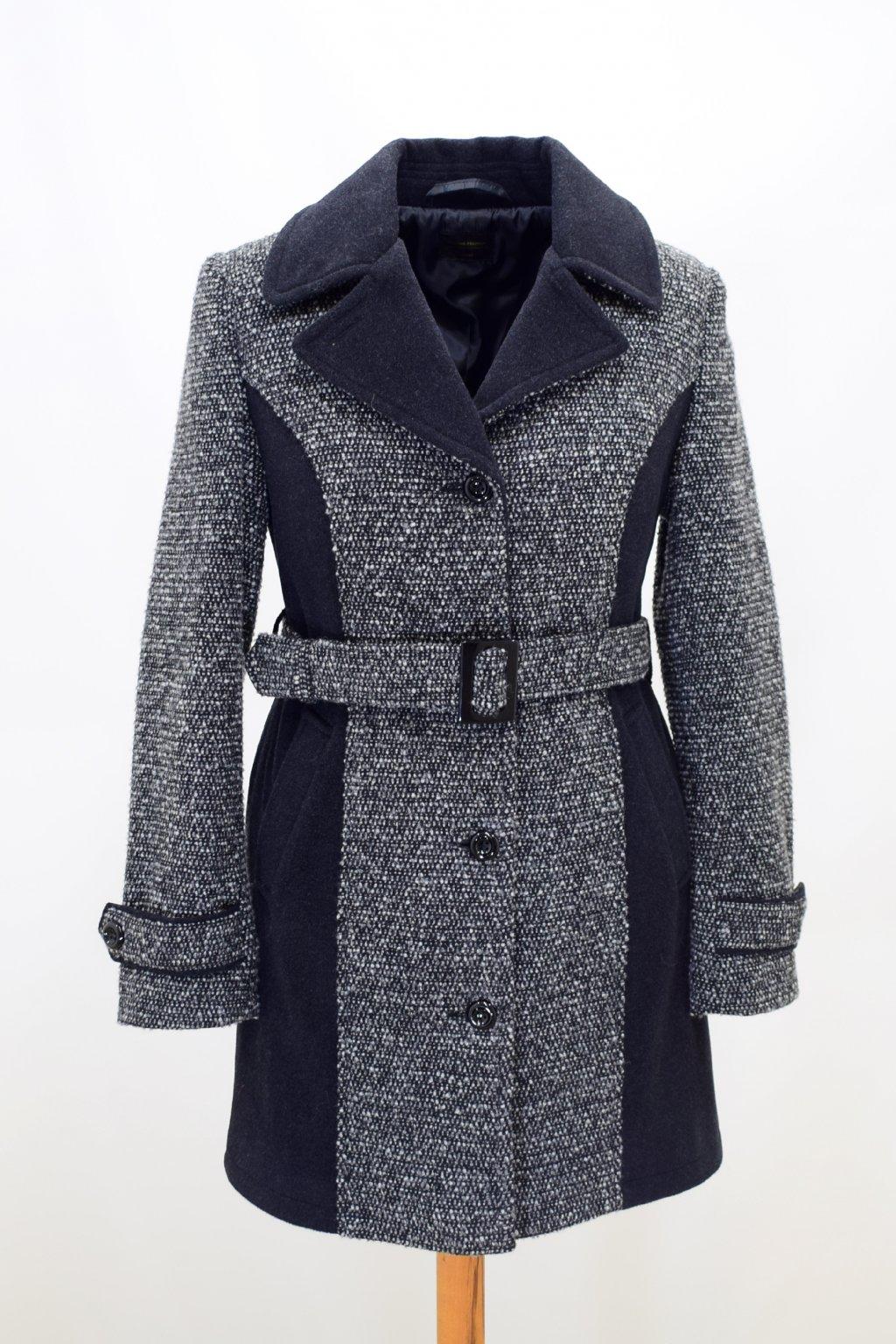 Dámský dvoubarevný zimní kabát Rozita nadměrné velikosti.