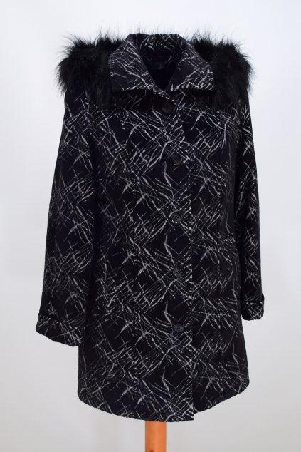 Dámský černošedý zimní kabát Věra nadměrné velikosti.