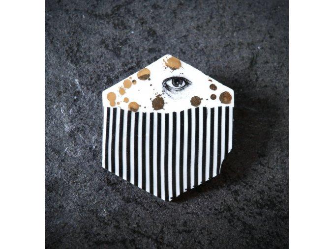 Porcelánová brož