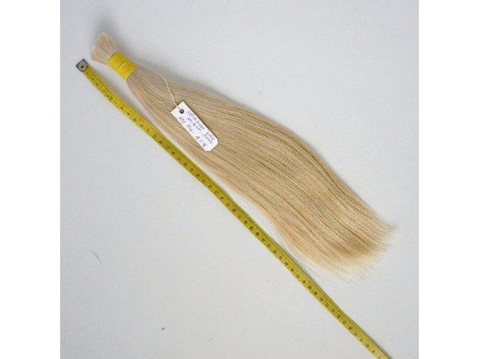 vychodoevropske-vlasy--blond--rovne-