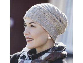 Moderní dámská pletená čepice