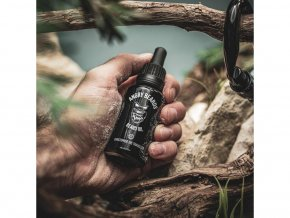 Angry Beards Beard Oil olej na vousy Christopher the traveller 1