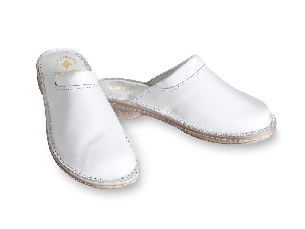 ortopedické pantoflé kožené bílé