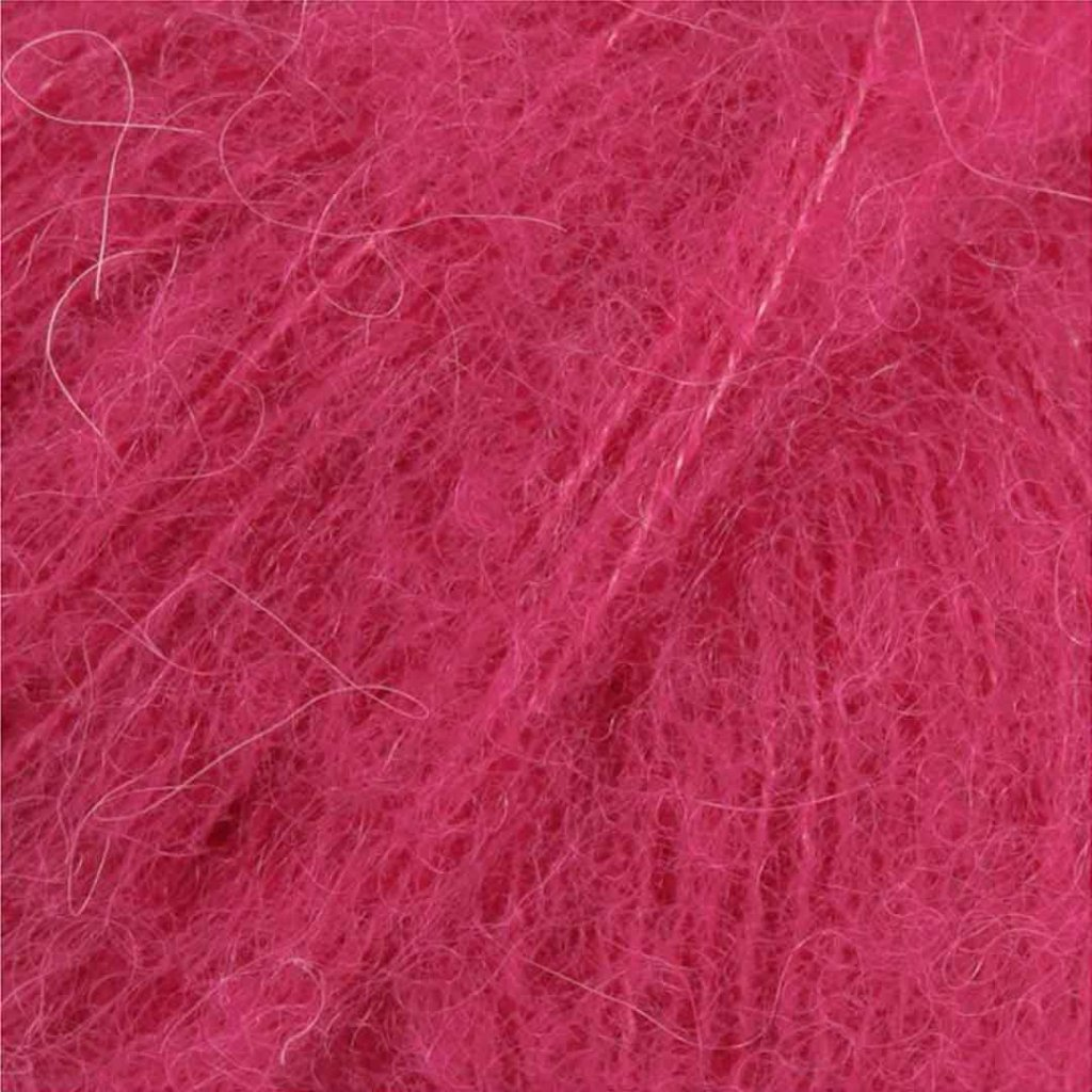 Brushed Alpaca Silk 18 - třešeň