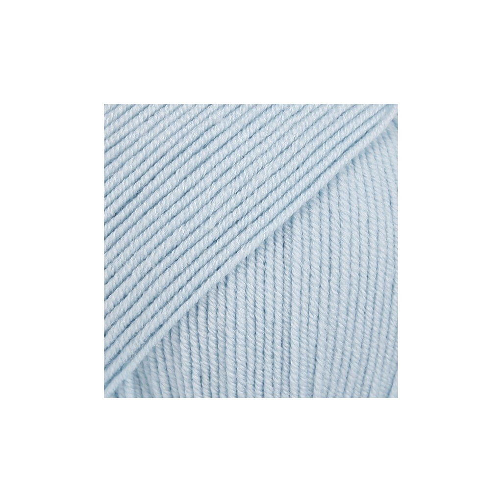 Drops Baby Merino 11 - ledová modrá