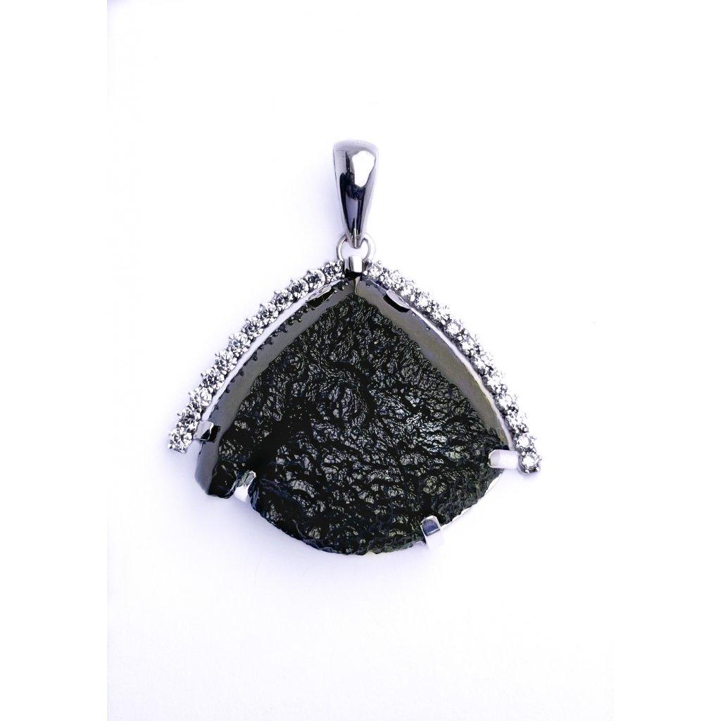 Stříbrný přívěšek s vltavínem a zirkony