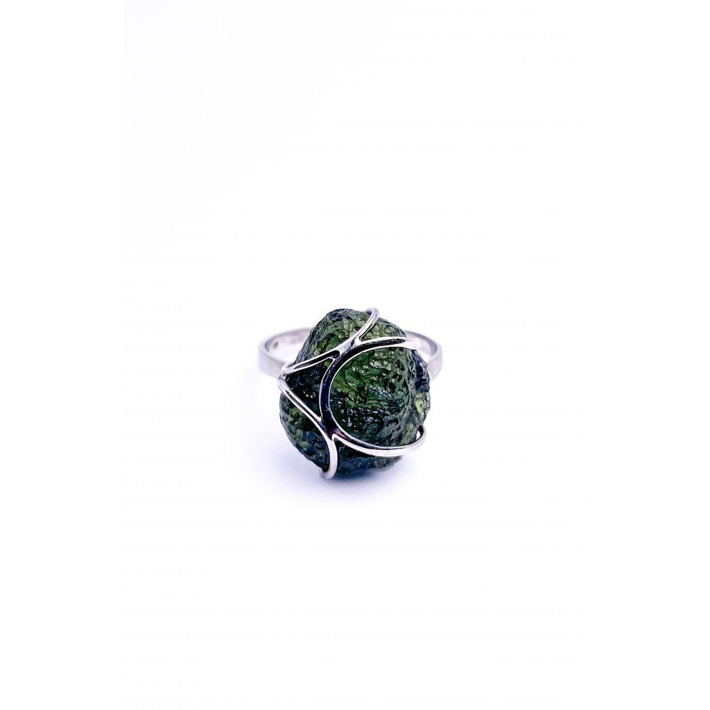 Prsten ve stříbře s vltavínem