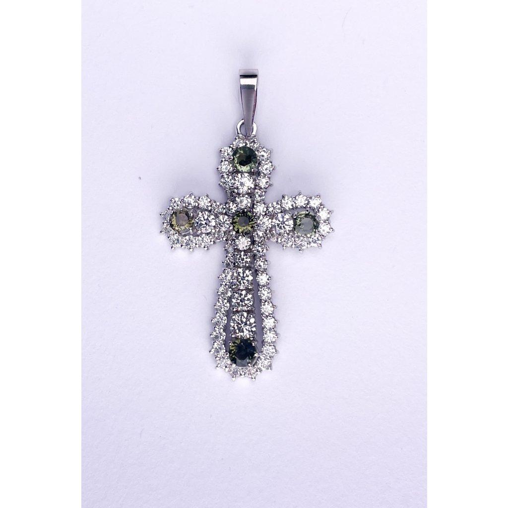 Stříbrný přívěšek kříž s broušenymi vltavíny a zirkony