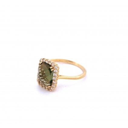 Zlatý prsten s vltavínem - Polobrus
