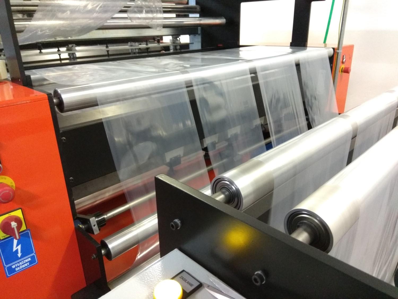 Výroba sáčků a pytlů na zakázku z PP a PE