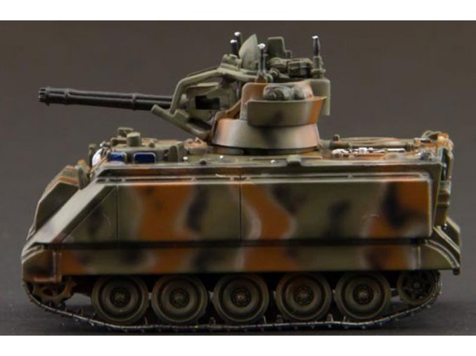 WarMaster - M163A1 Vulcan VADS, US Army 5. infantry divize, Panama, 1989 , 1/72