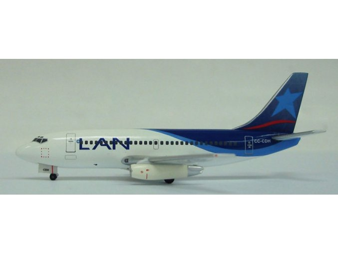 Witty - Boeing B 737-230, dopravce LAN Airlines, Chile, 2000s, 1/400