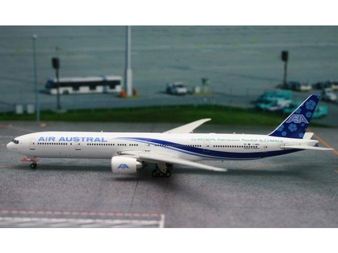 Phoenix - Boeing  B 777-39MER, dopravce Air Austral, Francie, 1/400