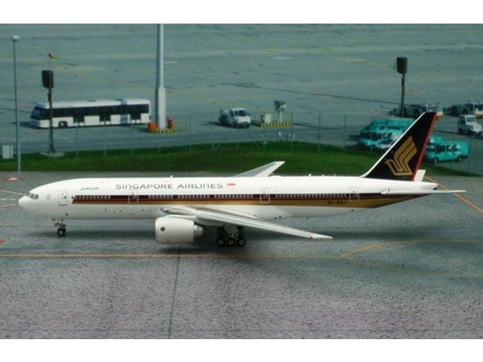 Phoenix - Boeing  B777-212ER, dopravce Singapore Airlines,Singapur, 1/400