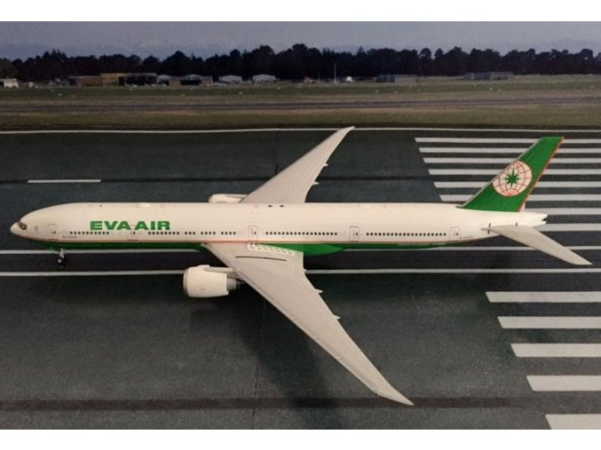 Phoenix - Boeing  B777-35EER, dopravce EVA Air, Taiwan, 1/200