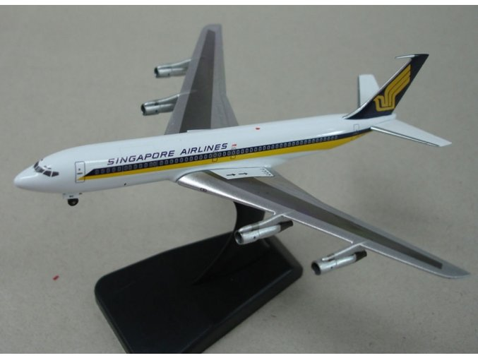 Apollo - Boeing B 707-327C, dopravce Singapore Airlines, Singapur, 1/400