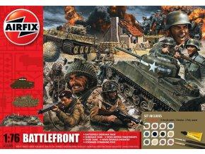 Airfix - diorama pláže Den D, M4 Sherman a Pz.Kpfw.VI Tiger I., vojáci a příslušenství, 1/76, Gift Set A50009
