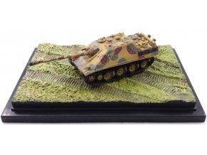 Dragon - Sd.Kfz.173 Jagdpanzer V - Jagdpanther, jaro, 1945, 1/144