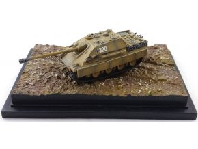 Dragon - Sd.Kfz.173 Jagdpanzer V - Jagdpanther, Panzer-Lehr-Division, Maďarsko, jaro, 1945, 1/144